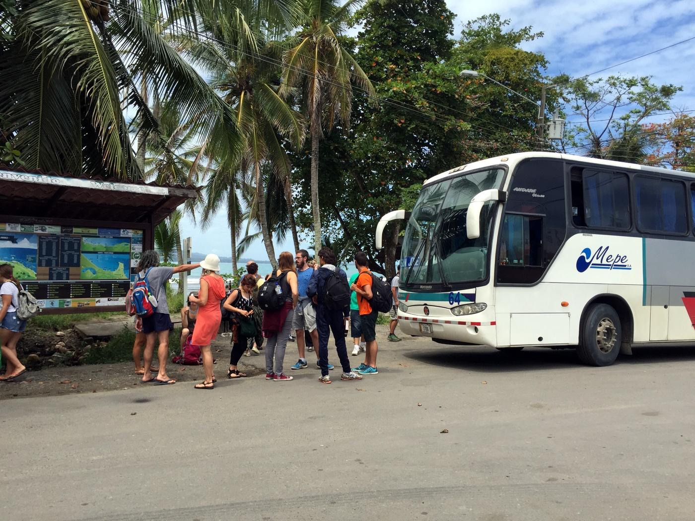 MEPE bus Puerto Viejo