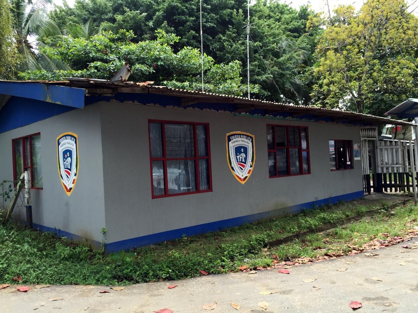 Police Puerto Viejo