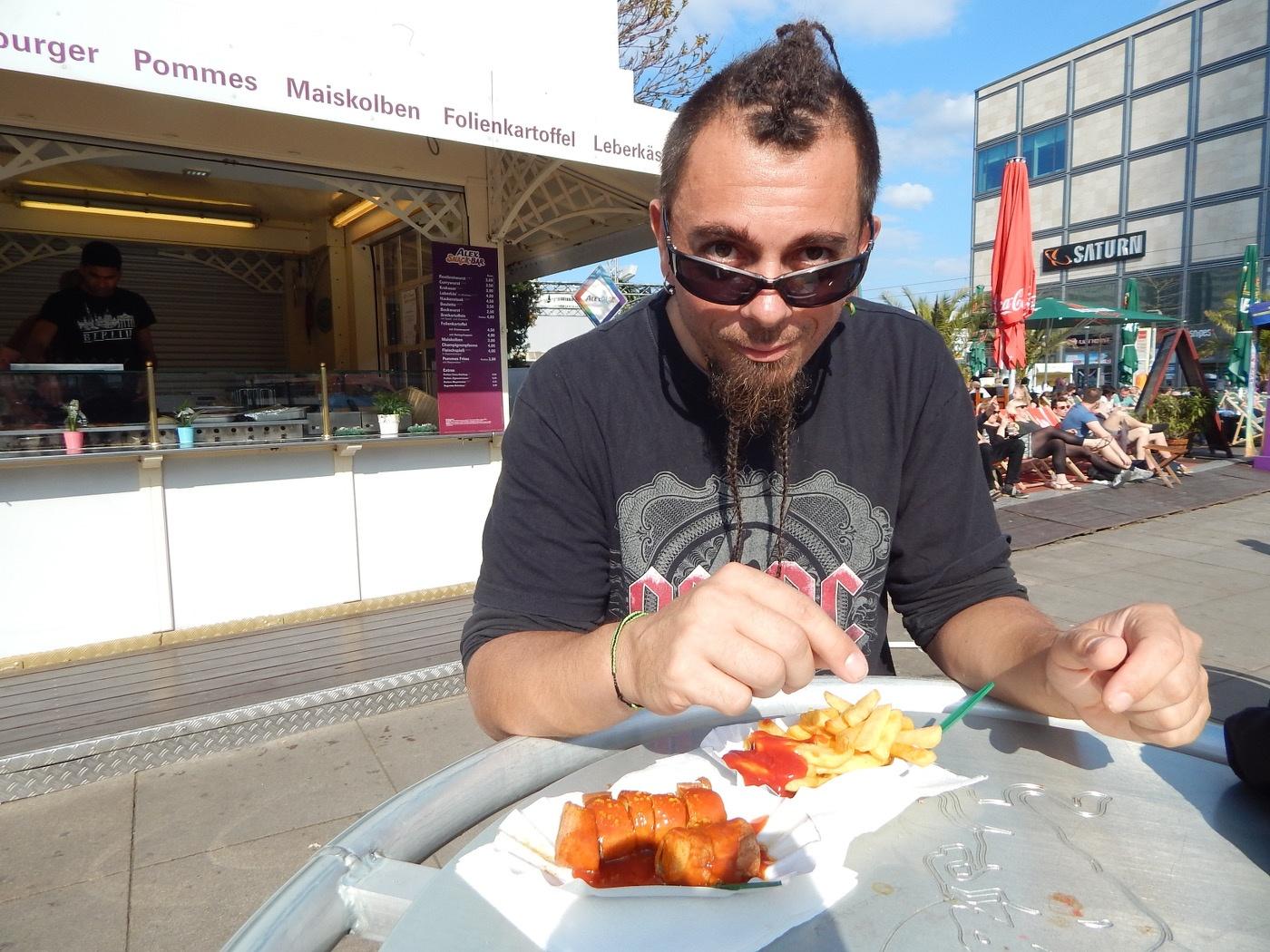 Berlin günstig erkunden: Currywurst