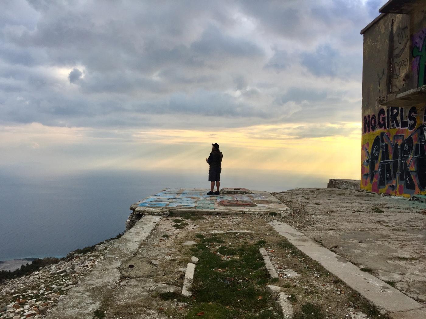 Patascha Llogara Pass Roadtrip Albanien Wohnmobil Camper Van Reisemobil reisen Urlaub Strassen Europa sicher Drohne Bunker Sehenswürdigkeit Übernachten Stellplatz Camping freistehen frei stehen