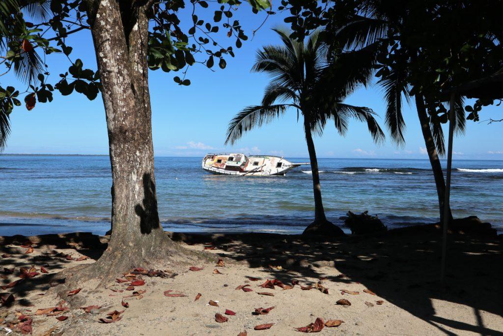Patascha Reiseblog Roadtrip Costa Rica Rundreise Reiseroute Dachzelt Nomad America mieten Autovermietung offroad Camping wild campen Sehenswürdigkeiten Informationen Öffnungszeiten Nationalpark Puerto Viejo Limon Cahuita Manzanillo